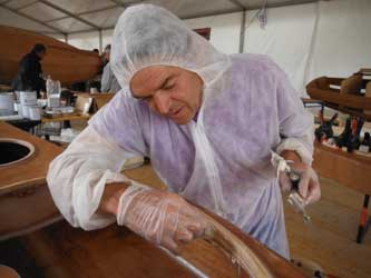 Construction de kayaks LEO pendant la semaine du Golf 2013