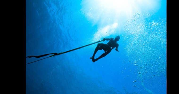 Chasse sous-marine en kayak LEO-TOP